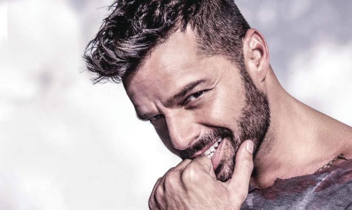 Ricky Martin disfruta de sus vacaciones en Ibiza