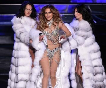 Jennifer López causa furor en concierto privado