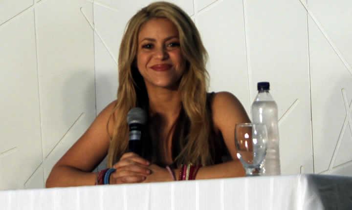 Shakira paga $20 millones de euros a fisco español