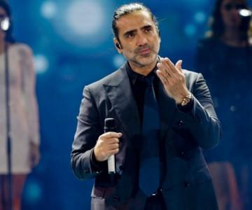 Alejandro Fernández revela sus confidencias en el escenario de Hard Rock Hotel de Punta