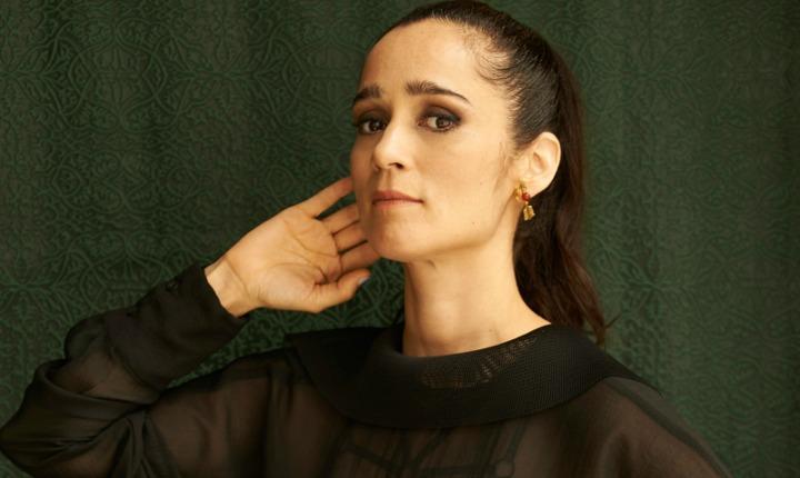 A Julieta Venegas Le Gusta Jugar Con Los Cambios
