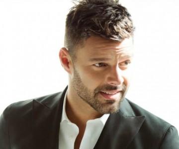 Ricky Martin muestra su apoyo a activista puertorriqueño