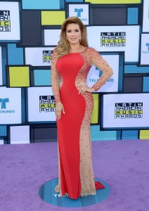 alicia-machado-alfombra-latin-american-music-awards-2016
