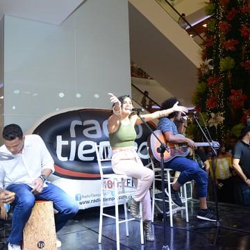 Martina La Peligrosa en Radio Tiempo