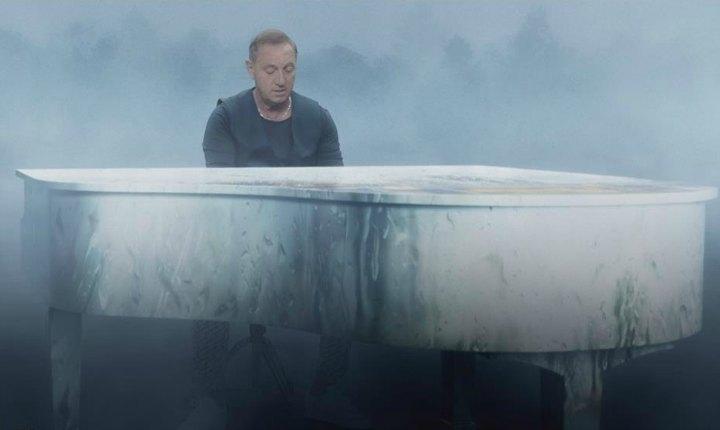 Franco De Vita estrena videoclip de 'Pídeme'
