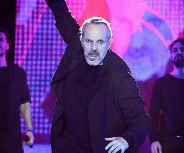 Miguel Bosé inició su tour 'Estaré' en México