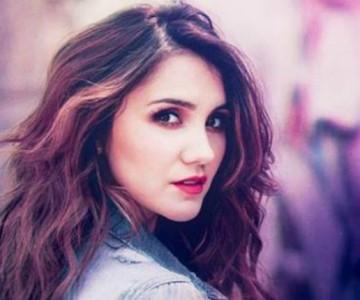 Dulce María hizo vibrar sus fans cantando 'Rebelde'