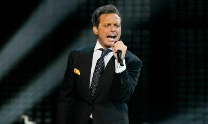 Llueven críticas a Luis Miguel por polémico concierto en Panamá
