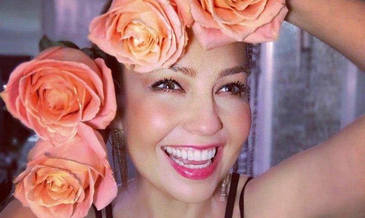 Thalía le juega una broma a sus fans con su cabello