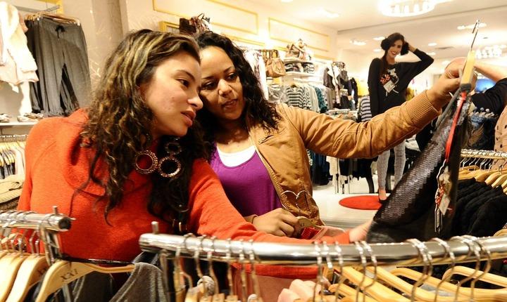 ¿Comprar 'fast fashion'? ¿Cuándo sí y cuándo no?