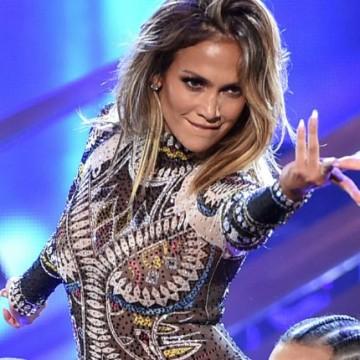 Singulares coreógrafos pusieron a bailar a Jennifer López