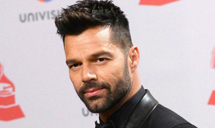 Sorprenden a Ricky Martin en set de grabación
