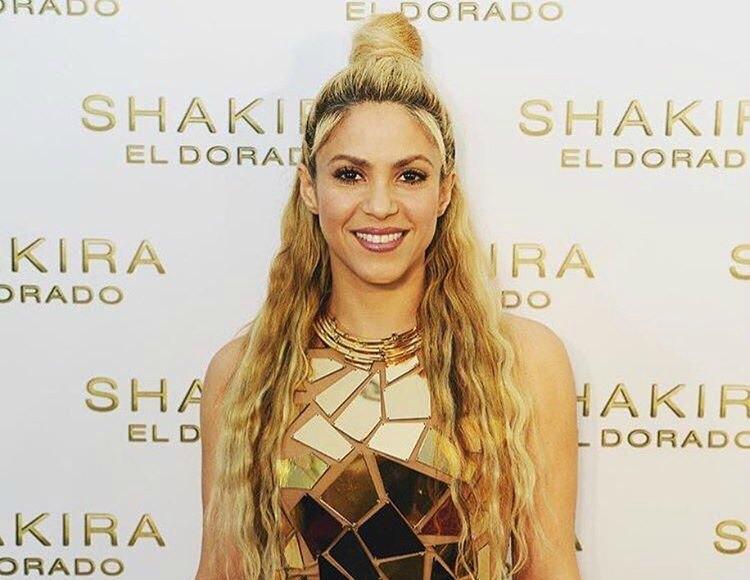 SHAKIRA NOMINADA COMO 'ARTISTA LATINA DEL AÑO' EN LOS AMERICAN MUSIC AWARDS