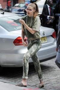 Gigi Hadid - Deja que se vean