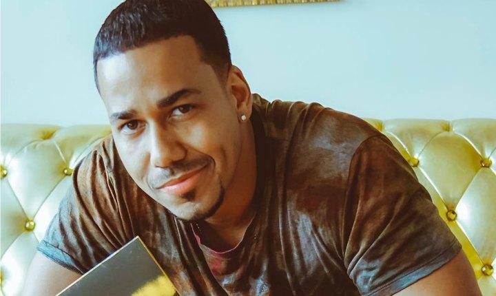 Romeo puso a jugar a sus seguidores en República Dominicana