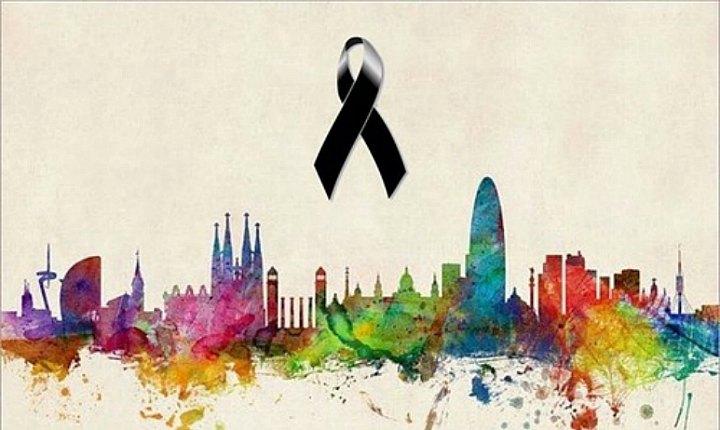 Artistas se solidarizan con víctimas de Barcelona