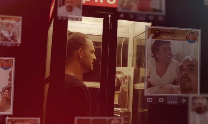 Ricardo Arjona critica la vida en redes sociales con video de 'Porque Puedo'