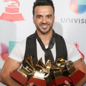 Luis Fonsi y otros ganadores en los Latin Grammy