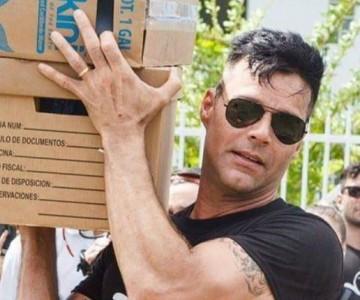 Ricky Martin entrega casas a damnificados de Puerto Rico
