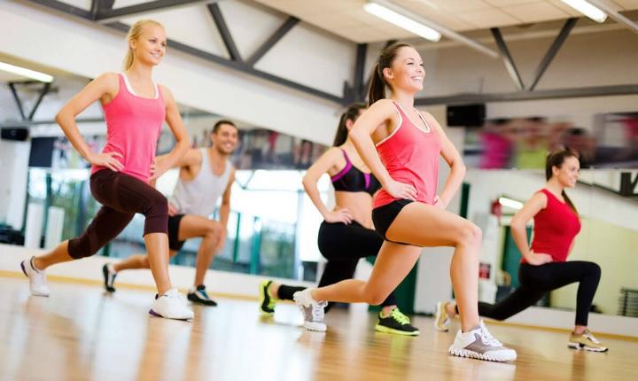 Lo que SÍ y lo que NO te debes poner para ir al gimnasio