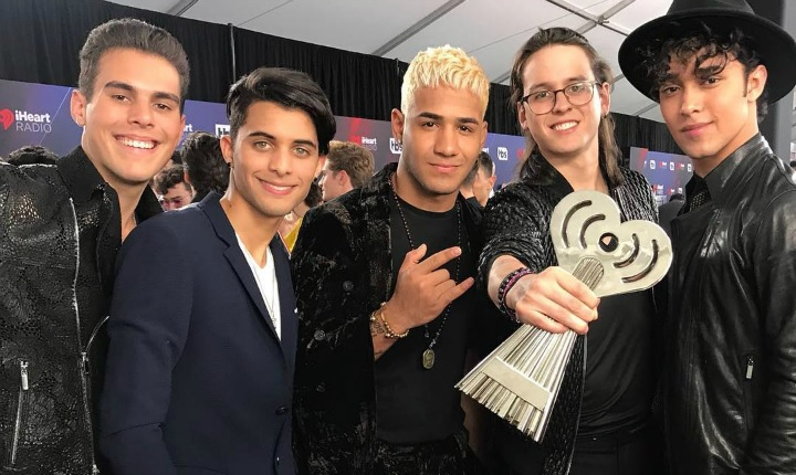 CNCO ganó como Mejor Remix con 'Reggaetón Lento'