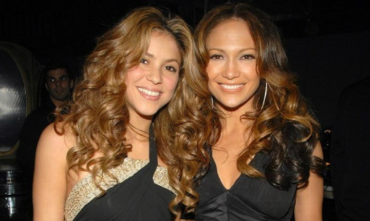 Usuarios recuerdan cuando Shakira y JLo usaron el mismo vestido