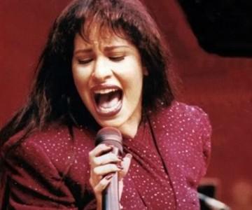 Selena Quintanilla es víctima musical de la política