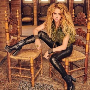 Shakira recorre el pueblo de su abuela en Líbano