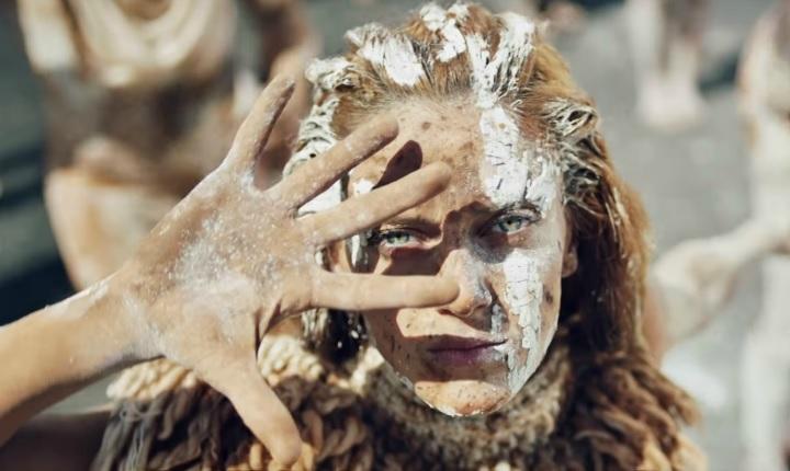 Melendi estrena video de 'Déjala Que Baile' junto a Alejandro Sanz y Arkano