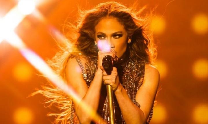 Jennifer López estrenará nuevo tema en los premios AMA's