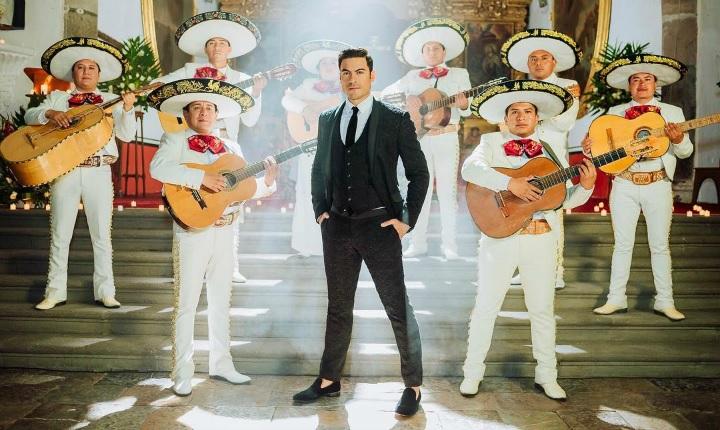 Carlos Rivera se va de gira promocional a España