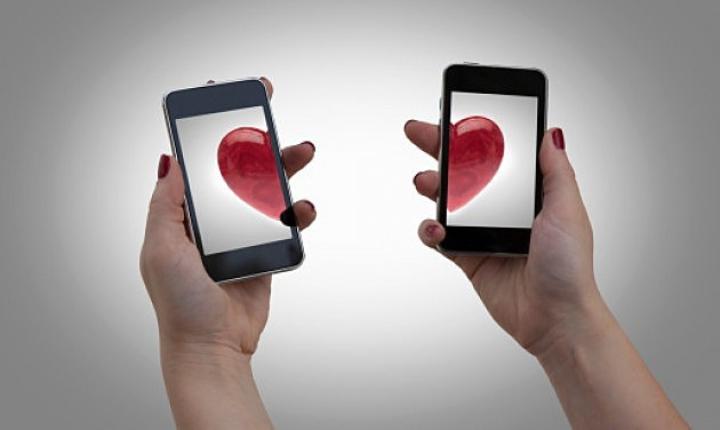 Estas son las 8 apps más populares para conocer gente