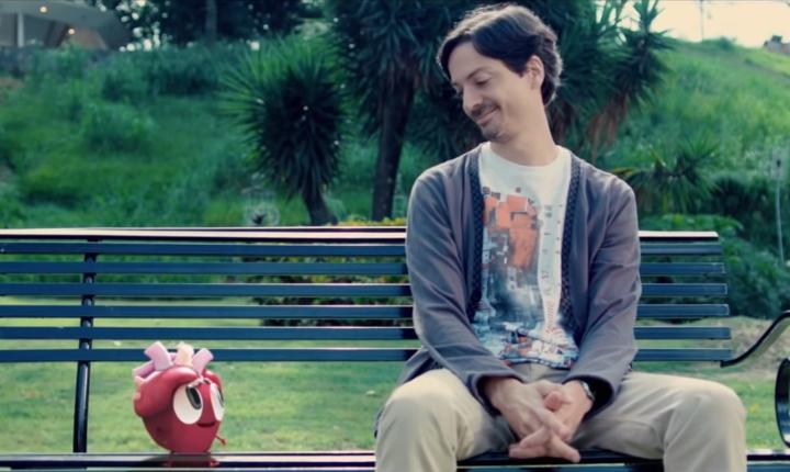Cali y El Dandee le cantan al amor no correspondido en 'Ay Corazón'