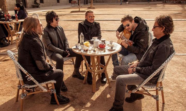 Maná presenta nueva versión de 'Rayando El Sol' junto a Pablo Alborán
