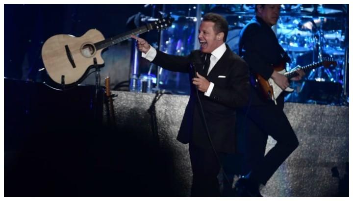 Luis Miguel, impecable y exitoso en su concierto en Bogotá