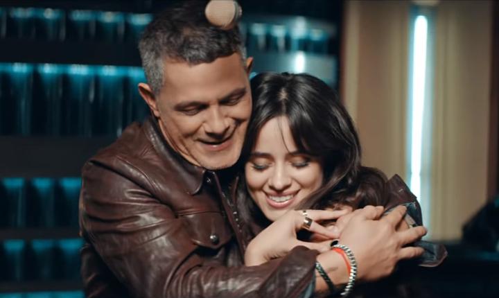 Alejandro Sanz estrena 'Mi Persona Favorita' junto a Camila Cabello