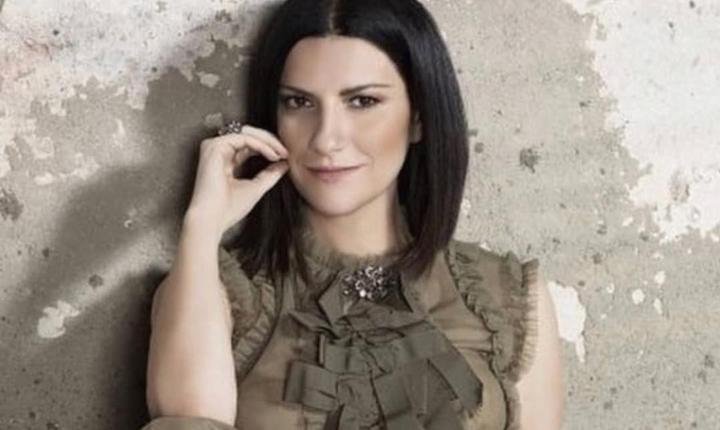 Laura Pausini celebra 25 años de primer álbum en español