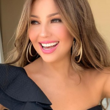 "Thalía hace parodia de video viral con antigua ""enemiga"""