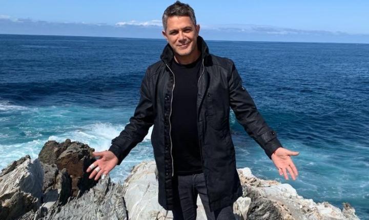 Alejandro Sanz anuncia 'El Mundo Fuera', la película