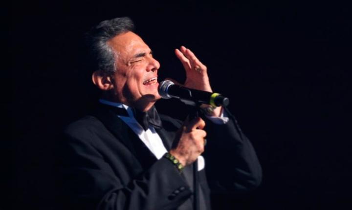 La curiosa historia de la canción 'Almohada' de José José