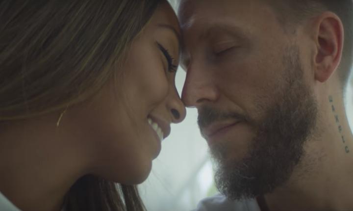 Noel Schajris enseña a su familia en el video de 'Lo Mejor De Mí'