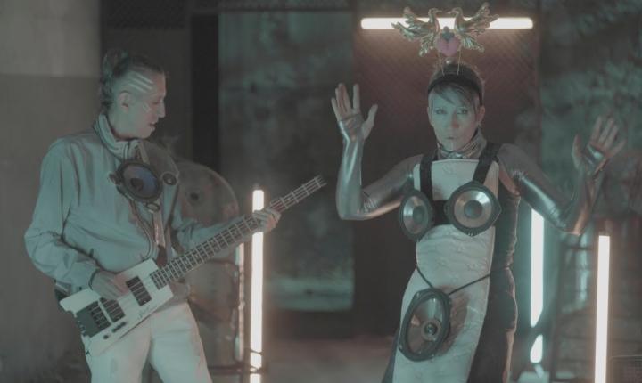Como homenaje a Soda Stereo, Aterciopelados estrena 'La Ciudad de La Furia'