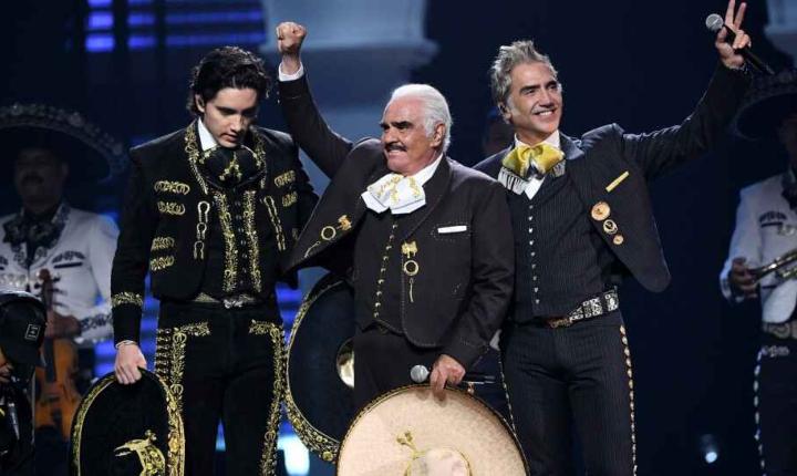 Por primera vez, Los Fernández cantan juntos en un escenario