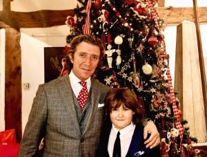 Nicolás Vallejo y su hijo Andrea Nicolás en Navidad