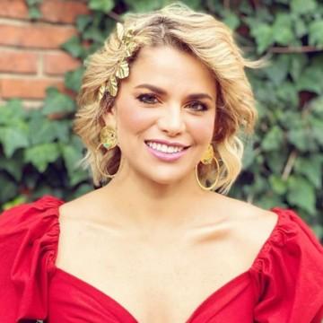 Llueven críticas a Adriana Lucía por promover Concierto del Paro