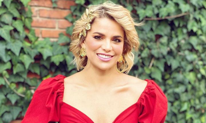 Detractores de Adriana Lucía piden a canal que no la contrate