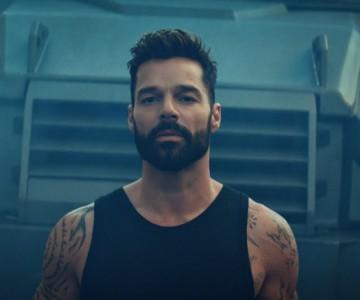 Tiburones – Ricky Martin