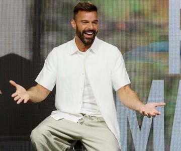 Hermano de Ricky Martin comparte antigua foto del cantante