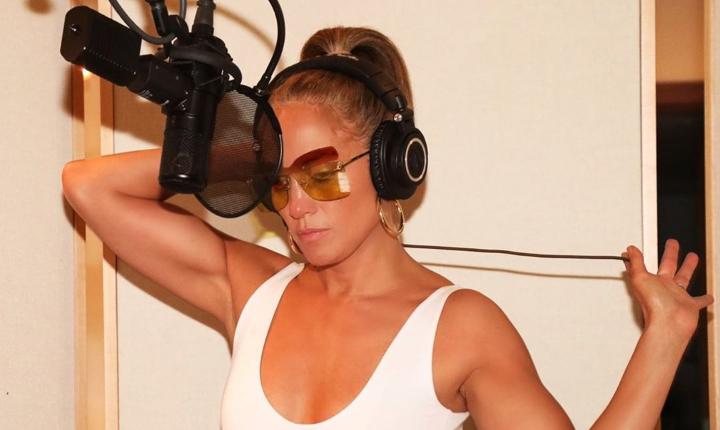 Jennifer López prepara colaboración con un colombiano