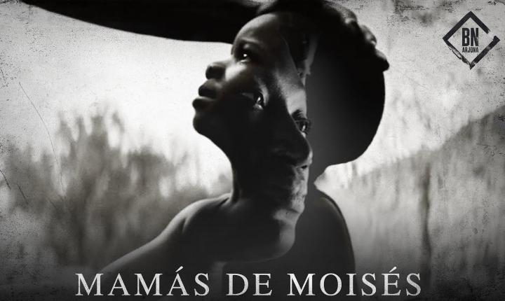 Ricardo Arjona le canta a los inmigrantes en 'Mamás de Moisés'